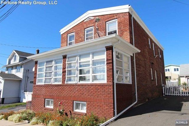 438 4th St Unit 2 Nd, Carlstadt, NJ 07072