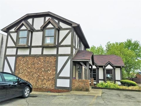 1212 B Butler Ave, New Castle 4Th, PA 16101