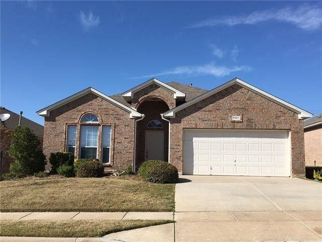 3821 Old Richwood Ln Fort Worth, TX 76244