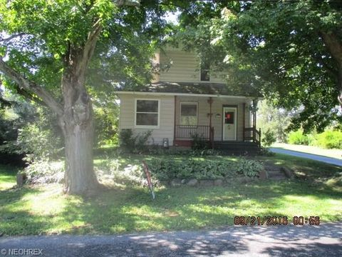 Photo of 3445 Silliman St, New Waterford, OH 44445