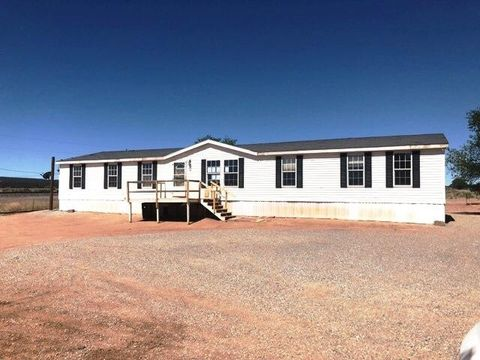 109 1st St, Thoreau, NM 87323