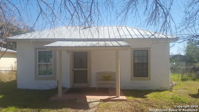 410 n washington dr devine tx 78016 home for sale