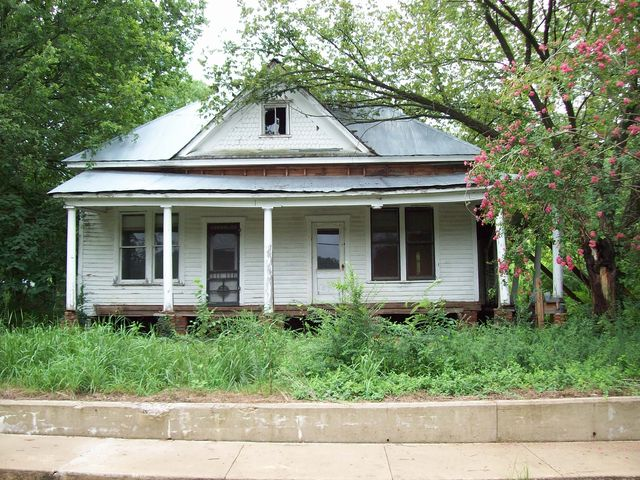 303 w main st altus ar 72821 home for sale real estate