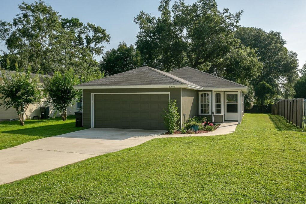 2305 Twelve Oaks Dr, Orange Park, FL 32065