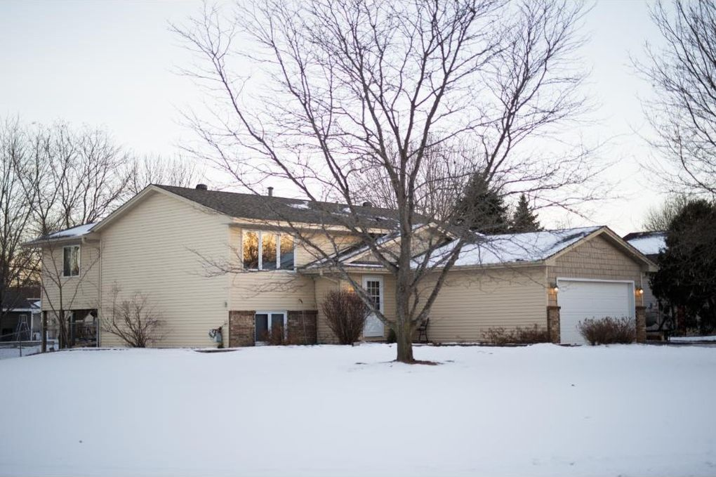 9732 Vincent Ave N Brooklyn Park MN 55444