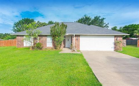 Photo of 167 Talford St, Fairfield, TX 75840