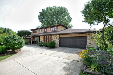 Photo of 6405 Waterford Ct, Willowbrook, IL 60527