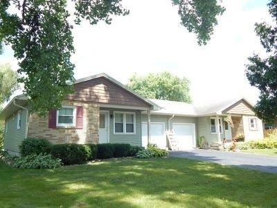 1104/1106 Laurie Dr Fort Atkinson, WI 53538