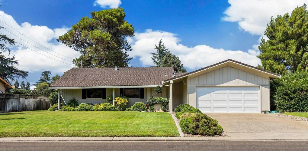 1369 Elkhorn Dr Stockton, CA 95209