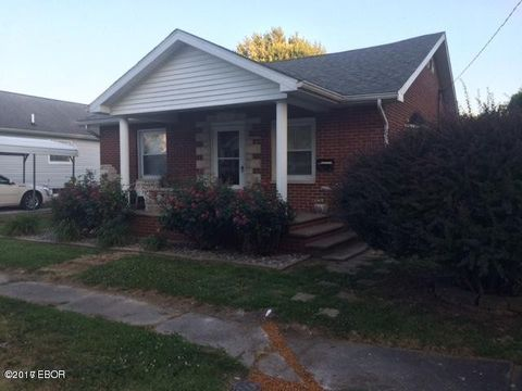 602 E Lindell St, West Frankfort, IL 62896