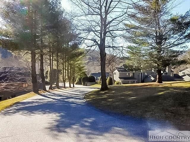 213 Meadow Ridge Rd Apt 17, Boone, NC 28607