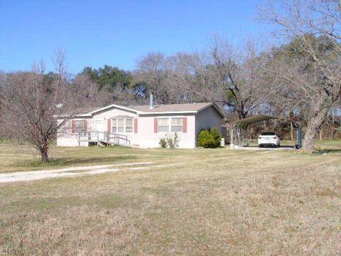 260 Fox Glenn Rd, Gholson, TX 76705