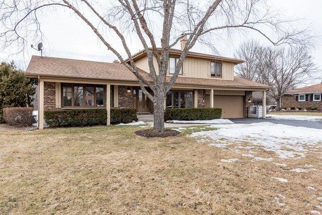 38630 N Burr Oak Ln Wadsworth, IL 60083