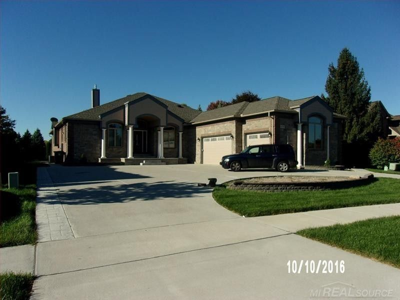 13790 Patterson Dr Shelby Township MI 48315
