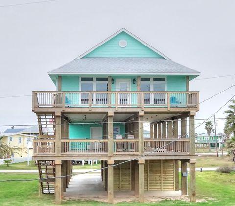 Photo of 913 Seashell Dr, Surfside Beach, TX 77541