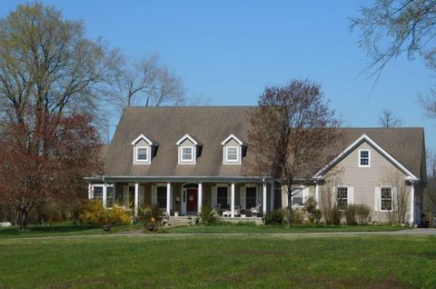 Photo of 620 Edwards Mill Rd, Hopkinsville, KY 42240