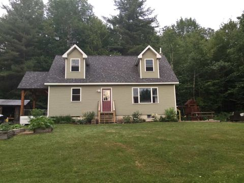 Photo of 518 Mayotte Rd, East Fairfield, VT 05448