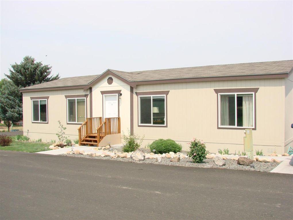 8568 S Blue Hill Ln, Boise, ID 83716