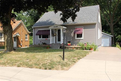 East moline il real estate east moline homes for sale - Craigslist quad cities farm and garden ...