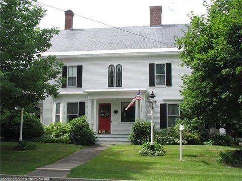 838 W Main St, Dover Foxcroft, ME 04426