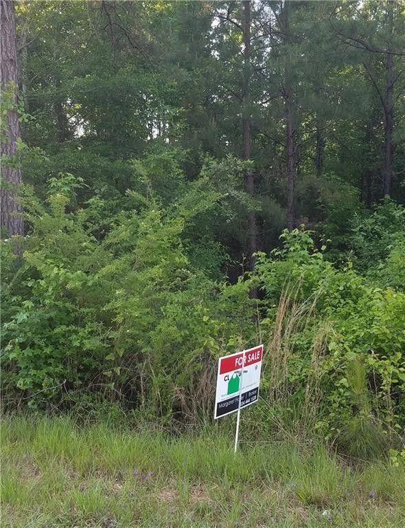Macon County Road 27, Tuskegee, AL 36083