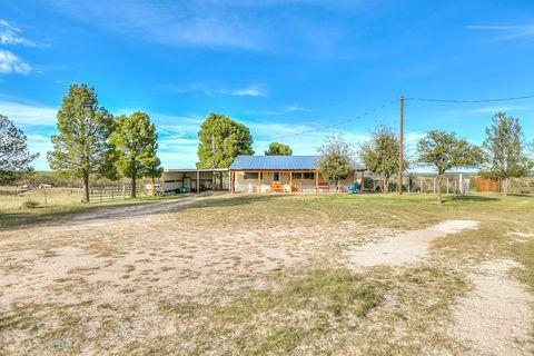 16966 Bur Oak Rd, Carlsbad, TX 76934