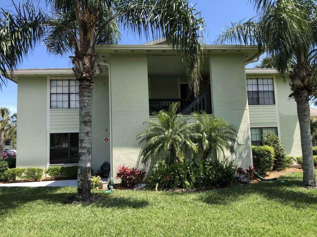 15 Clipper Ct, Saint Augustine Beach, FL 32080
