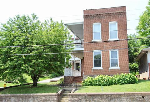 Photo of 315 N 1st St, Pacific, MO 63069