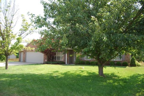 3002 S Rodeo Dr, Columbia, MO 65203