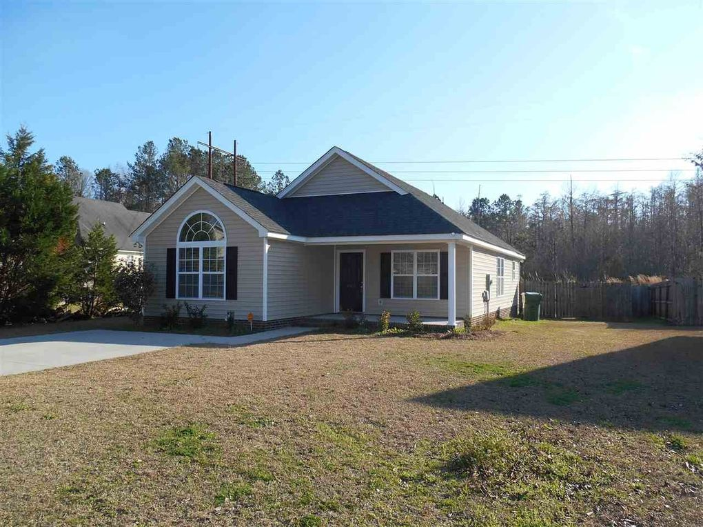 661 Red Tip Cir, Florence, SC 29505