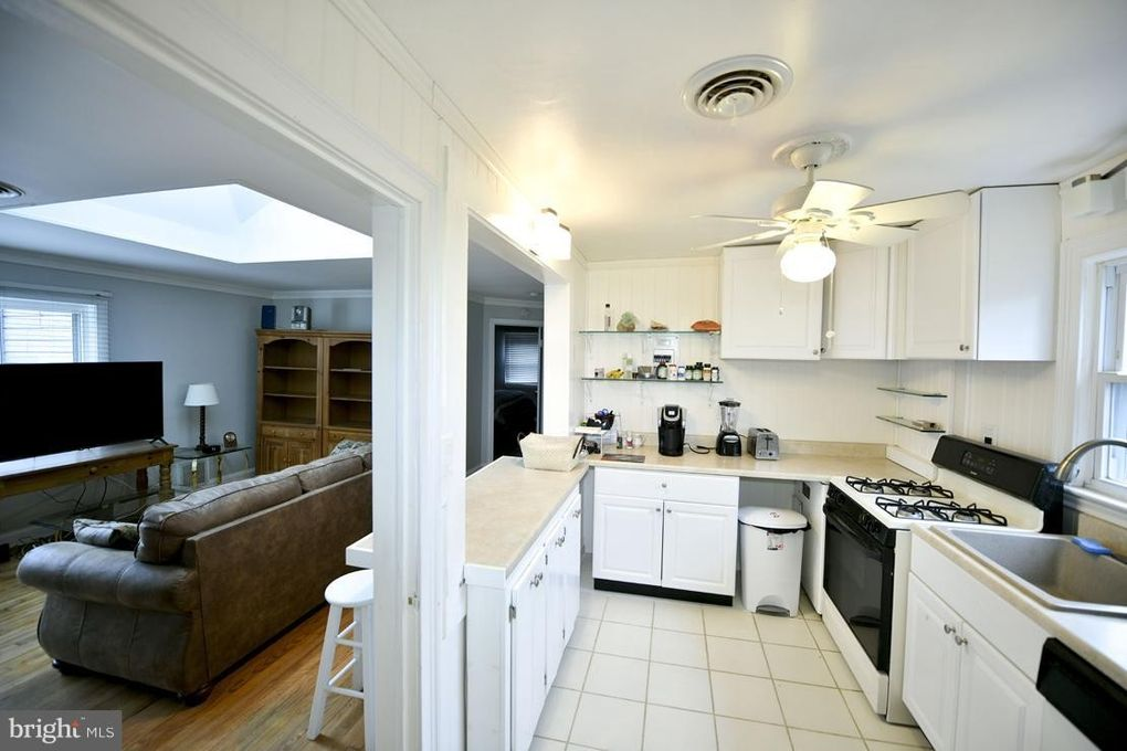 9 Constitution Ave Apt 3 B Annapolis Md 21401 Home For Rent