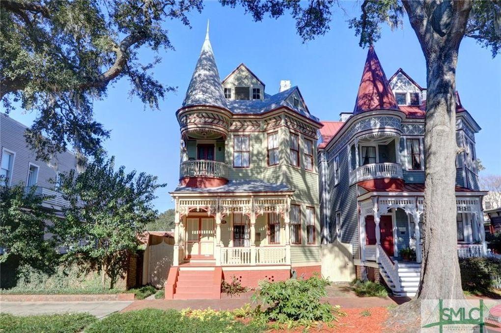 16 W Duffy St, Savannah, GA 31401