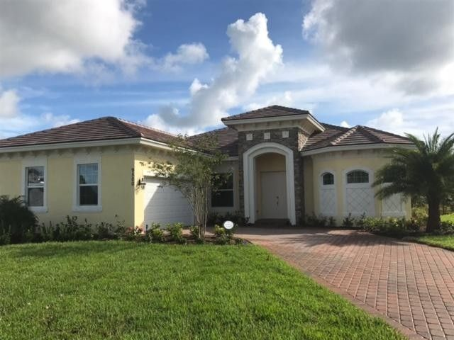 9500 Poinciana Ct, Fort Pierce, FL 34951