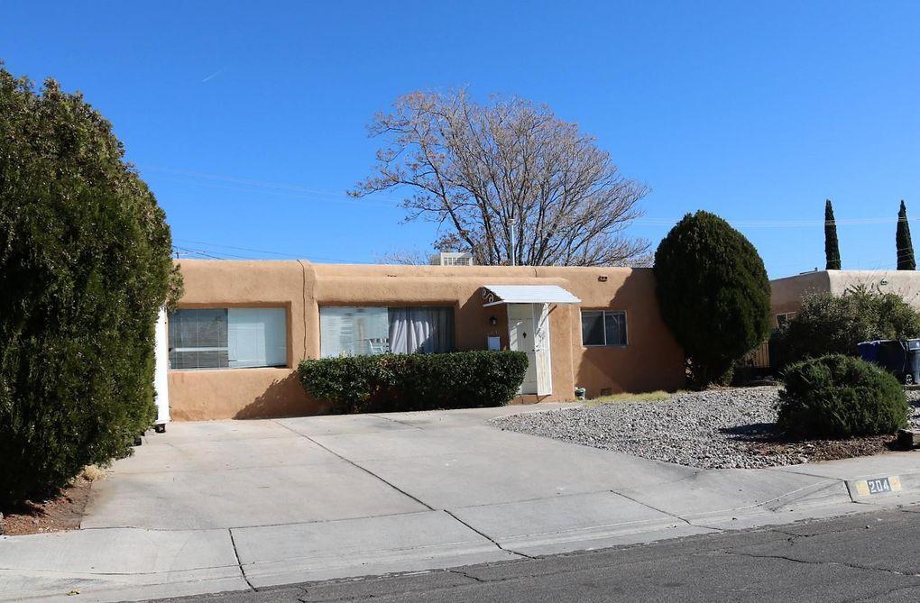 204 Laguayra Dr NE Albuquerque, NM 87108