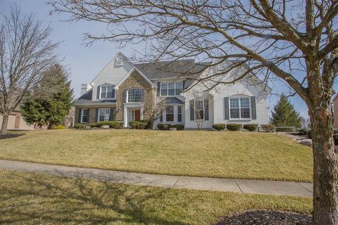 5202 Vista Point Dr, Hamilton Twp, OH 45039