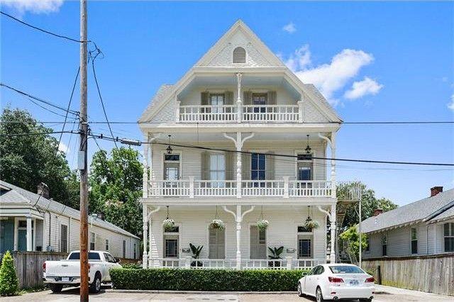 5917 Tchoupitoulas St, New Orleans, LA 70115
