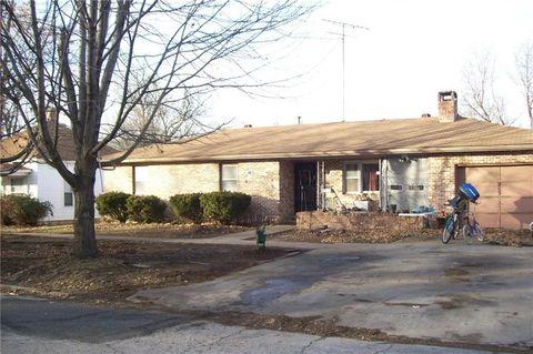 215 W 2nd Ave, Garnett, KS 66032