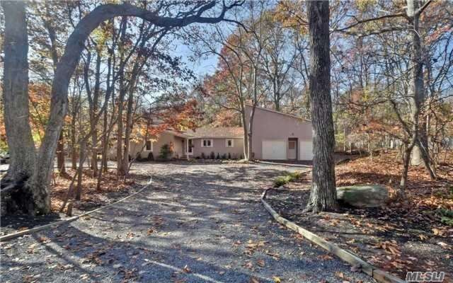 45 Bayberry Rd Wading River, NY 11792