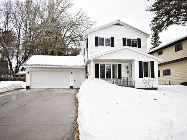 1003 W Arlington St Marshfield, WI 54449