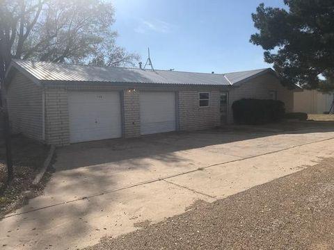 Photo of 508 Third, Plains, TX 79355