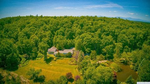 158 Maiers Rd, Craryville, NY 12521