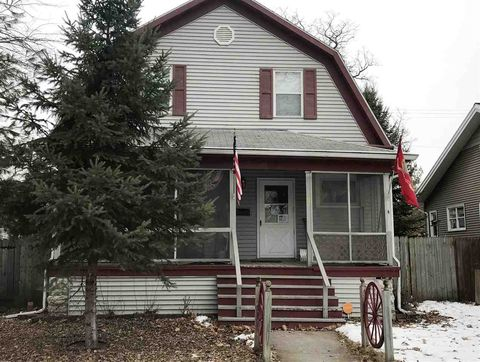 208 S Maple Ave, Green Bay, WI 54303