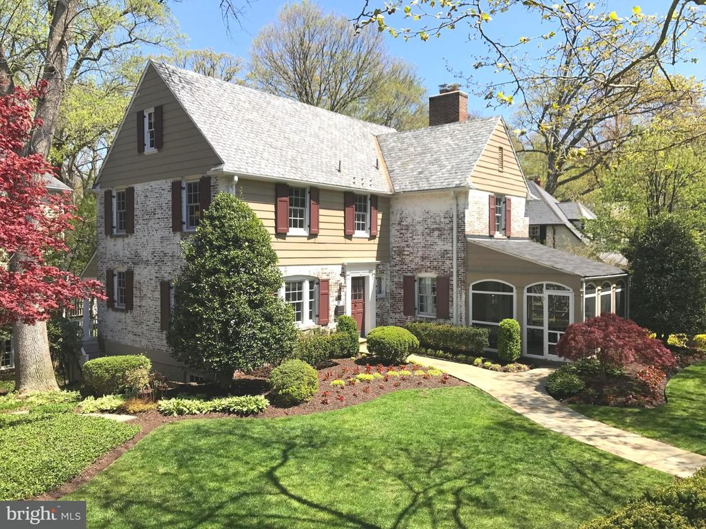 4303 Stanford St, Chevy Chase, MD 20815