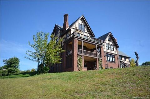 238 Maple St, Massachusetts, MA 01105