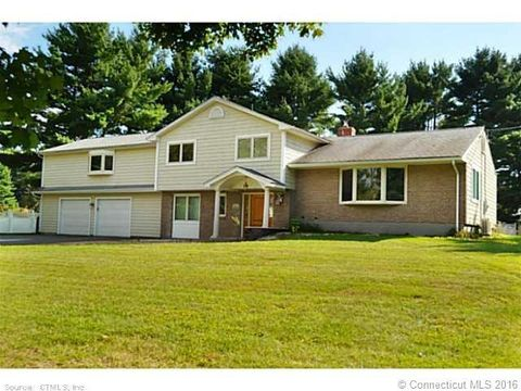 55 Brentwood Dr, Avon, CT 06001