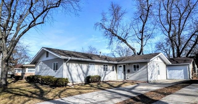 313 N Orchard Dr, Park Forest, IL 60466