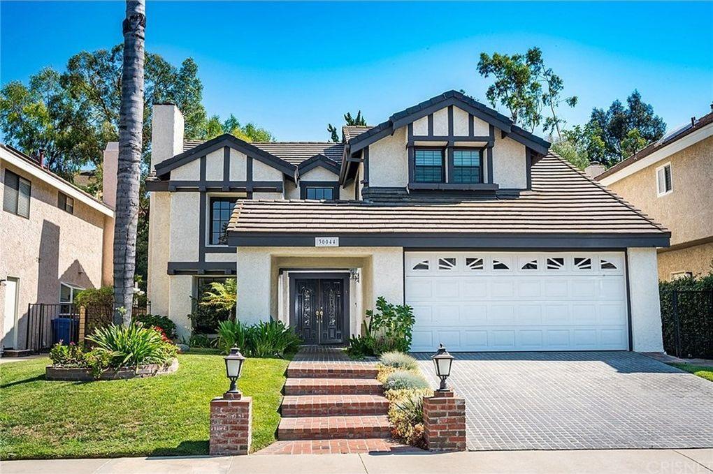 30044 Torrepines Pl, Agoura Hills, CA 91301