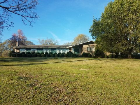 43 S Greenwood Ave Ware Shoals Sc 29692