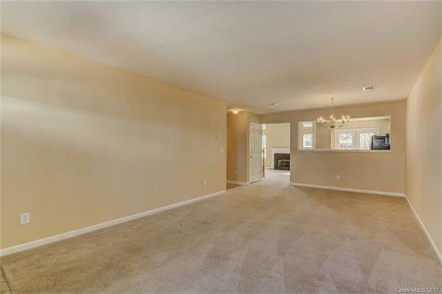 16856 Timber Crossing Rd, Charlotte, NC 28213