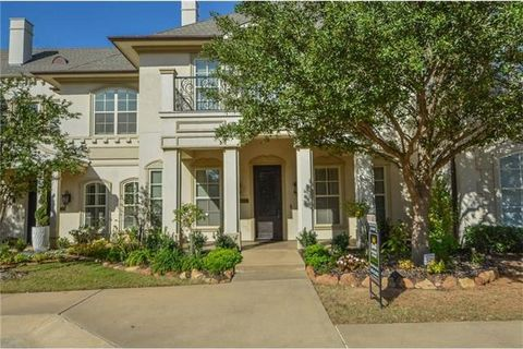 Photo of 1741 Fountain Pass Dr, Colleyville, TX 76034